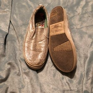 faded Glory Women Size 5 Slip on sneakers